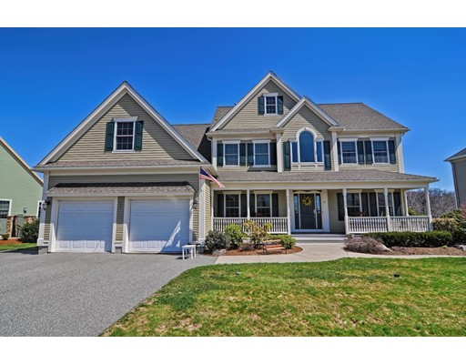 Single Family Home for Sale at 27 Hilltop Avenue Saugus, Massachusetts 01906 United States