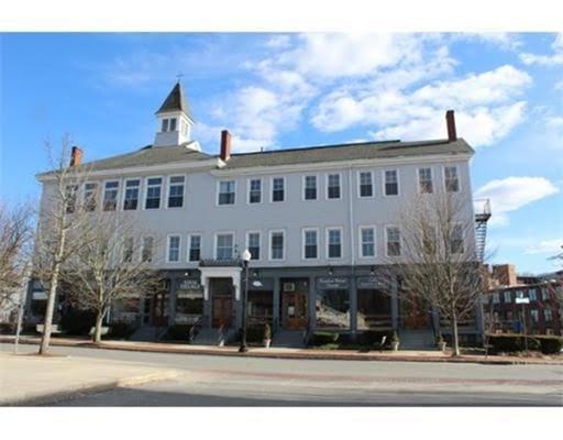 Comercial por un Alquiler en 100 Main Street 100 Main Street Maynard, Massachusetts 01754 Estados Unidos