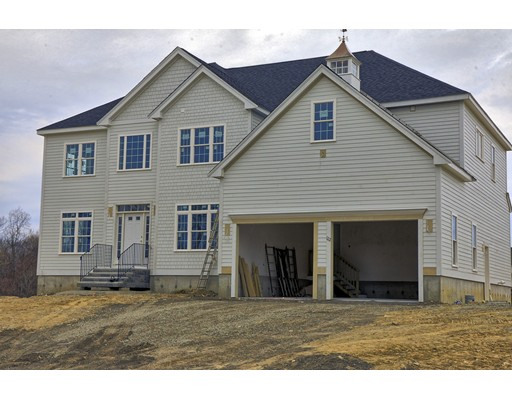 Single Family Home for Sale at 122 Magill Drive Grafton, Massachusetts 01519 United States