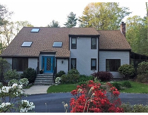 Single Family Home for Sale at 7 Merifield Lane Natick, Massachusetts 01760 United States