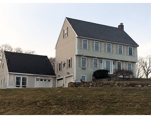 Single Family Home for Sale at 4 Hillview Drive Groveland, Massachusetts 01834 United States
