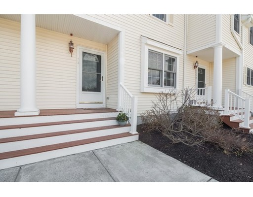 Appartement en copropriété pour l Vente à 1511 Thayer Street Abington, Massachusetts 02351 États-Unis