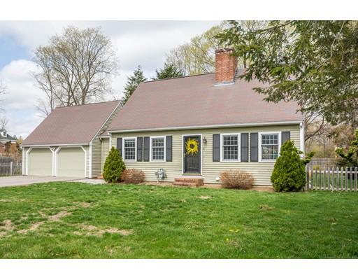 Частный односемейный дом для того Продажа на 6 Park Street Georgetown, Массачусетс 01833 Соединенные Штаты