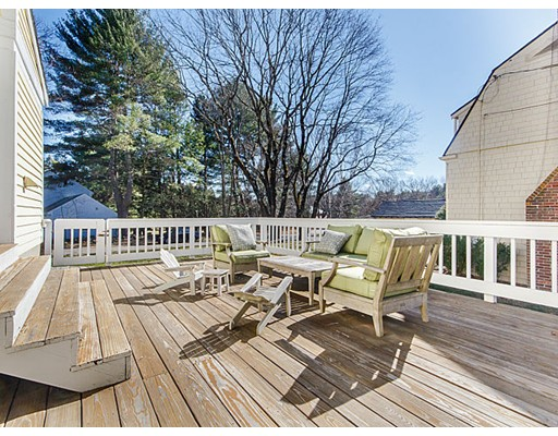 428 North Ave, Weston, MA 02493