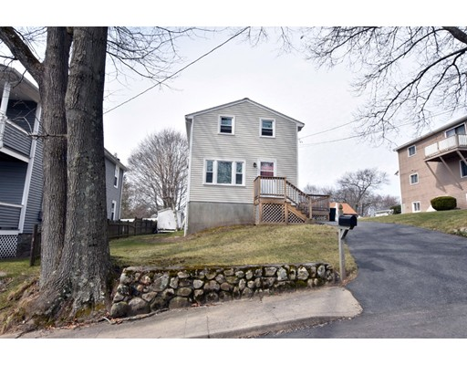 Single Family Home for Sale at 5 Warner Blackstone, Massachusetts 01504 United States