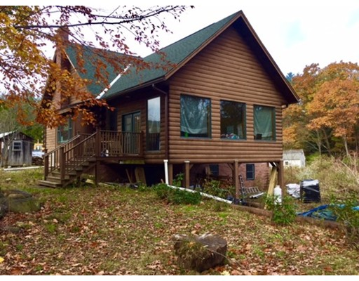 Частный односемейный дом для того Продажа на 42 Burrington Road Charlemont, Массачусетс 01339 Соединенные Штаты