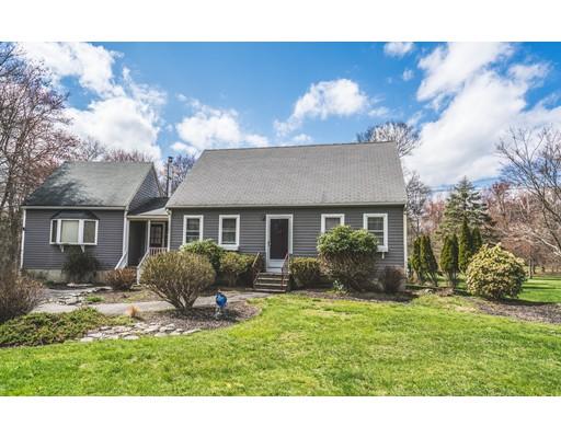 独户住宅 为 销售 在 47 Locust Street Berkley, 马萨诸塞州 02779 美国