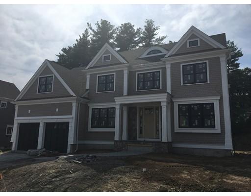 Casa Unifamiliar por un Venta en 4 ROCKWOOD LANE Needham, Massachusetts 02492 Estados Unidos