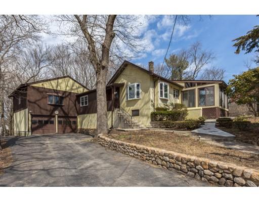 独户住宅 为 销售 在 555 Winthrop Street 梅福德, 马萨诸塞州 02155 美国