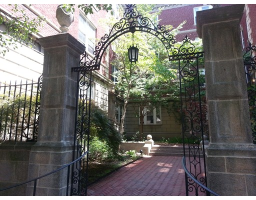 Additional photo for property listing at 6 Washington Avenue  Cambridge, Massachusetts 02140 Estados Unidos