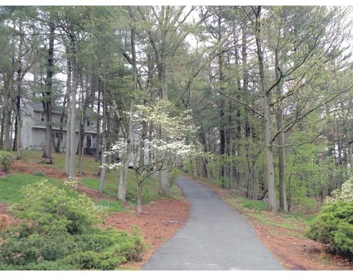 Casa Unifamiliar por un Venta en 10 Trayer Road 10 Trayer Road Canton, Massachusetts 02021 Estados Unidos