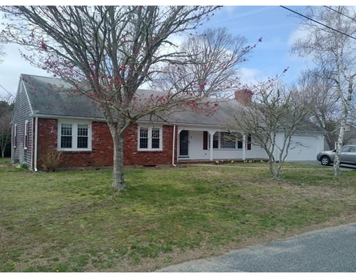 71 Chipping Green Circle, Yarmouth, MA 02664