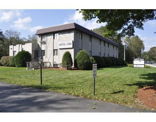 Additional photo for property listing at 550 North Main Street 550 North Main Street Attleboro, 马萨诸塞州 02703 美国