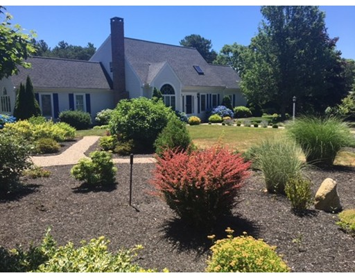 Single Family Home for Sale at 58 Courtney Road Harwich, 02645 United States
