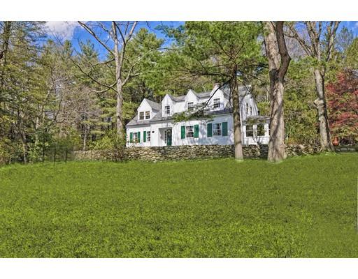独户住宅 为 销售 在 600 Highland Street 霍里斯顿, 马萨诸塞州 01746 美国