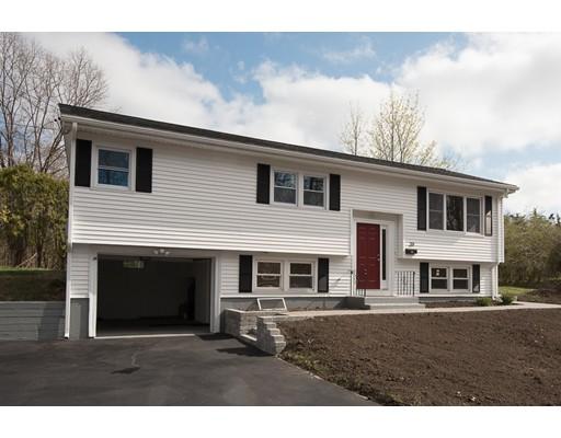 Maison unifamiliale pour l Vente à 39 Montcalm Avenue Blackstone, Massachusetts 01504 États-Unis