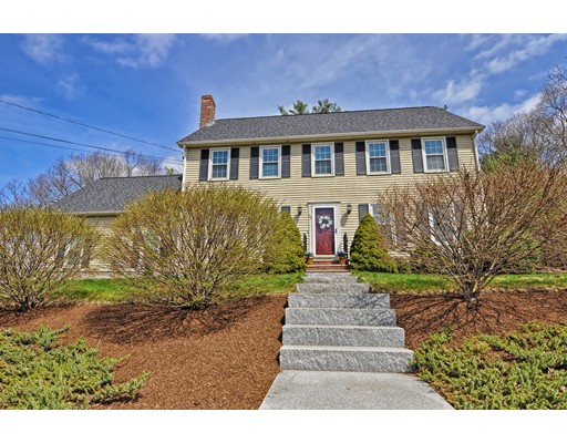40 Indian Lane, Franklin, MA 02038