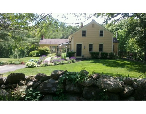 Single Family Home for Sale at 236 Linden Street Berlin, Massachusetts 01503 United States