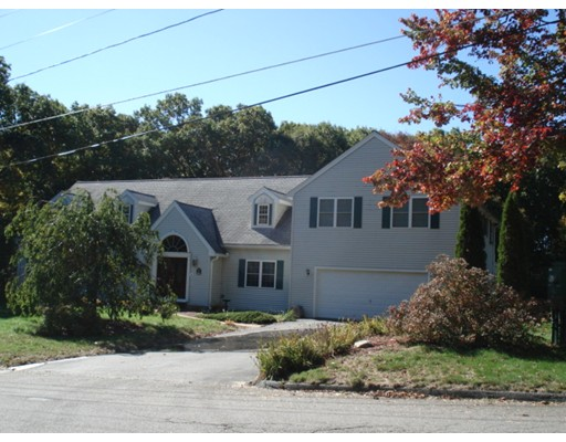 Single Family Home for Sale at 111 Bickford Hill Road Gardner, Massachusetts 01440 United States