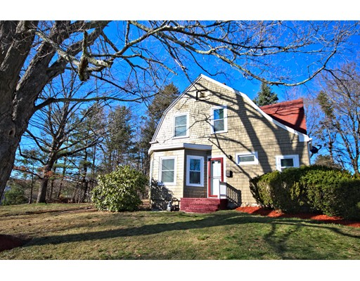 Single Family Home for Sale at 33 Upland Street Holbrook, Massachusetts 02343 United States