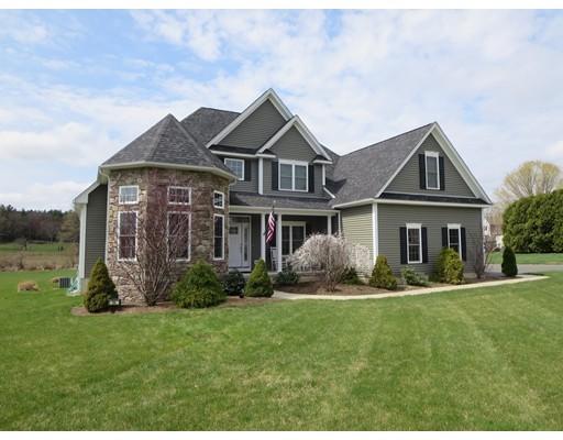 Single Family Home for Sale at 94 Gunn Road Southampton, Massachusetts 01073 United States