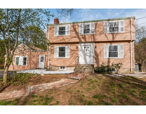 Single Family Home for Sale at 253 Main Street Wayland, Massachusetts 01778 United States