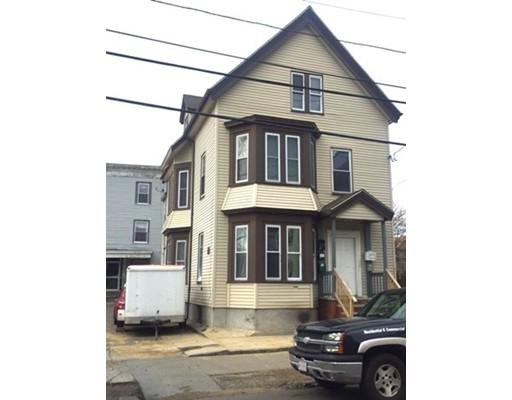 Maison avec plusieurs logements pour l Vente à 95 South Street Lynn, Massachusetts 01905 États-Unis