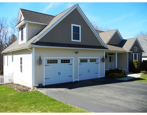Single Family Home for Sale at 25 Red Bridge Lane South Hadley, Massachusetts 01075 United States