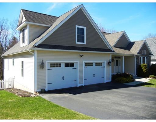 Частный односемейный дом для того Продажа на 25 Red Bridge Lane South Hadley, Массачусетс 01075 Соединенные Штаты