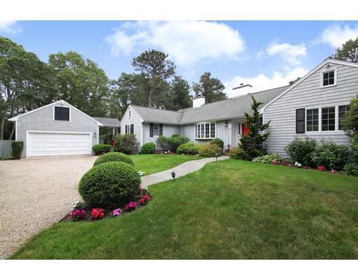 Частный односемейный дом для того Продажа на 51 Bunker Hill Road Barnstable, Массачусетс 02655 Соединенные Штаты