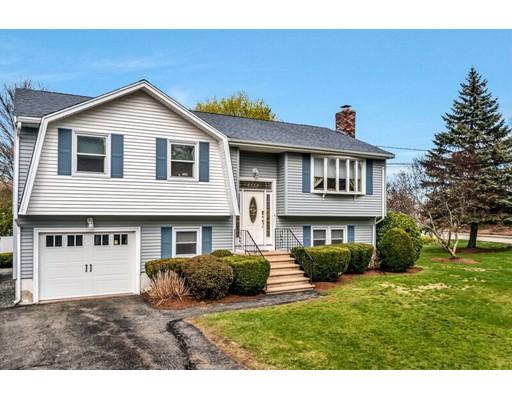 Частный односемейный дом для того Продажа на 1 Barbara Circle Woburn, Массачусетс 01801 Соединенные Штаты