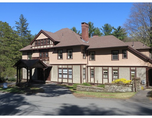 Casa Unifamiliar por un Venta en 93 Highland Avenue 93 Highland Avenue Greenfield, Massachusetts 01301 Estados Unidos