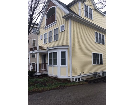 Additional photo for property listing at 2941 Washington  Boston, Massachusetts 02119 Estados Unidos