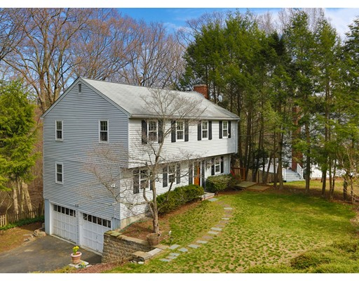 Single Family Home for Sale at 20 Oak Hill Road Wayland, Massachusetts 01778 United States