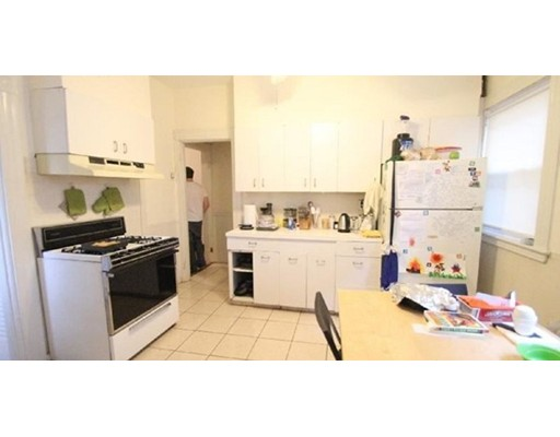Additional photo for property listing at 19 Verndale Street  Brookline, Massachusetts 02466 United States