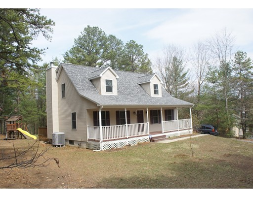 Additional photo for property listing at 176 Palmer  Brimfield, Massachusetts 01010 Estados Unidos