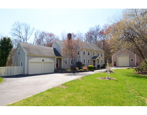Single Family Home for Sale at 162 West Street Northborough, Massachusetts 01532 United States
