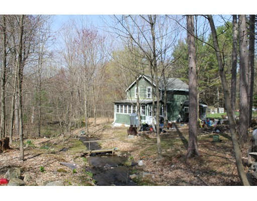Single Family Home for Sale at 364 State Street Belchertown, Massachusetts 01007 United States