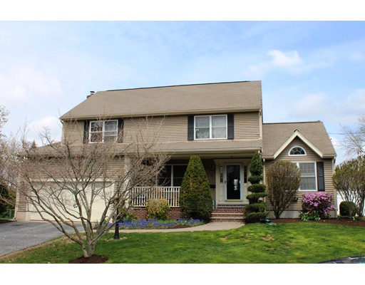 Single Family Home for Sale at 13 Meadowview Drive Attleboro, Massachusetts 02703 United States