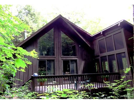 独户住宅 为 销售 在 321 Tamarack Trail Sandisfield, 马萨诸塞州 01255 美国