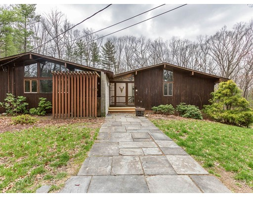 160 Tower Rd, Lincoln, MA 01773