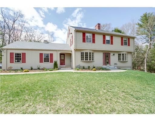 60 Woodcrest Rd, Boxford, MA 01921