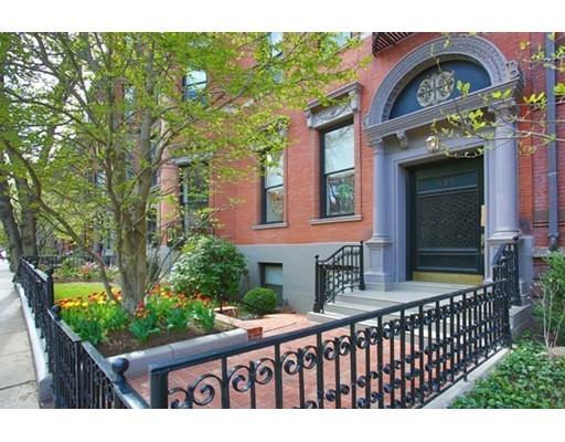 Appartement en copropriété pour l Vente à 257 Commonwealth #3 257 Commonwealth #3 Boston, Massachusetts 02116 États-Unis