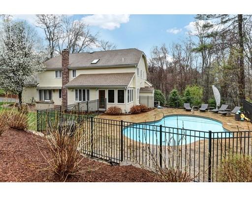 独户住宅 为 销售 在 10 BALD HILL Road 霍里斯顿, 马萨诸塞州 01746 美国