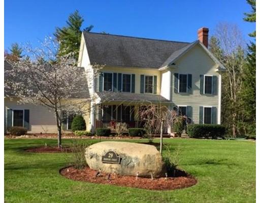 Single Family Home for Sale at 29 Robinson Street Brentwood, New Hampshire 03833 United States