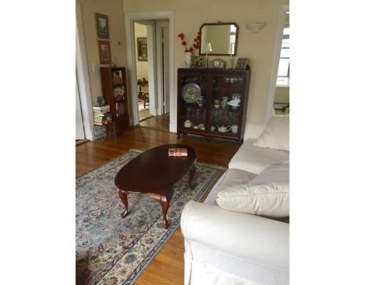 独户住宅 为 出租 在 1738 Commonwealth Avenue 波士顿, 马萨诸塞州 02135 美国