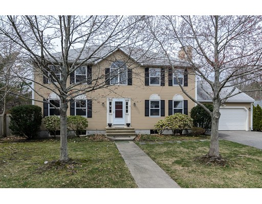 Single Family Home for Sale at 2 Minuteman Lane Wellesley, Massachusetts 02481 United States