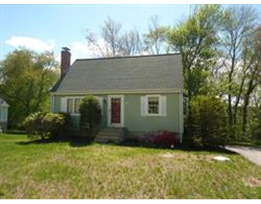 Additional photo for property listing at 194 North Street  Foxboro, Massachusetts 02035 United States