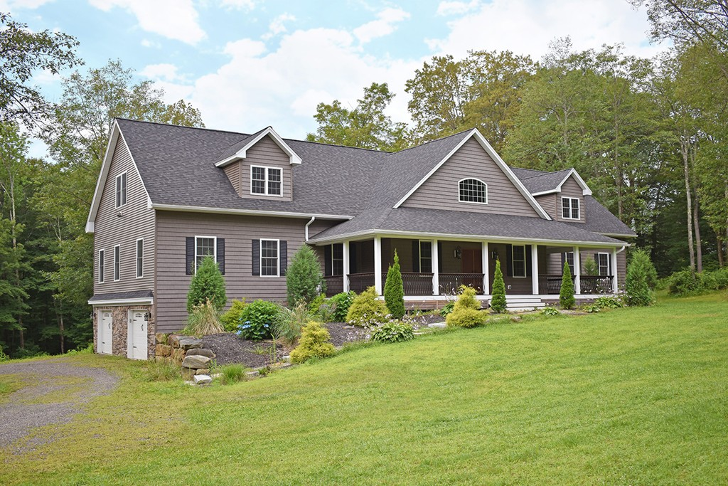 Property for sale at 18 Popple Camp Rd, Petersham,  MA 01366