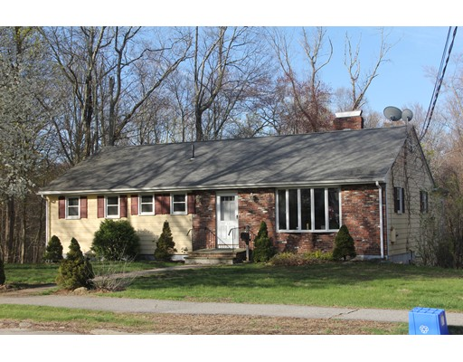 Casa Unifamiliar por un Venta en 168 Dutcher Street Hopedale, Massachusetts 01747 Estados Unidos